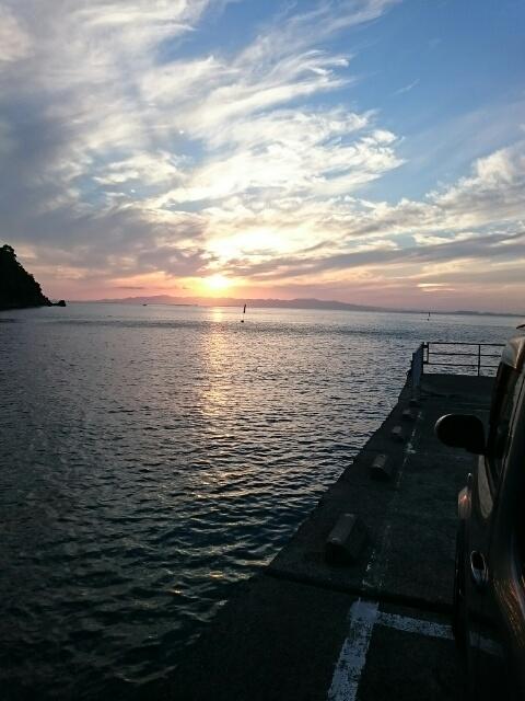 夕陽が沈む下津ピアーランド