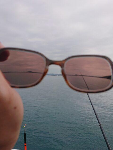 調光レンズ